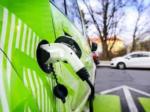 Incentivare alla mobilità elettrica con appositi contributi