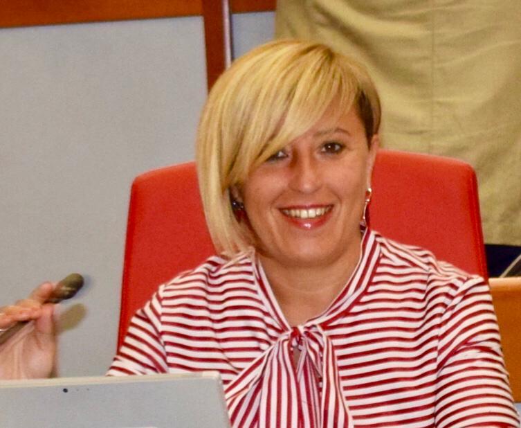 """Treni. Francesca Marchetti: """"Basta disagi. Servono provvedimenti per garantire servizi di qualità ai pendolari"""""""
