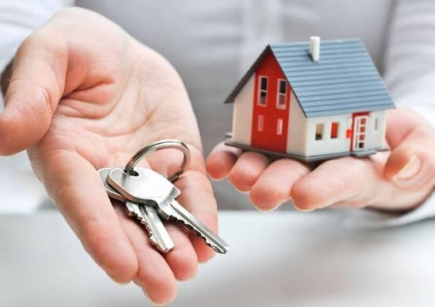 Casa, sostegno a chi è in difficoltà a pagare l'affitto: dalla Regione altri 21,4 milioni di euro