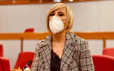 Gli insegnanti residenti fuori regione potranno vaccinarsi in Emilia-Romagna