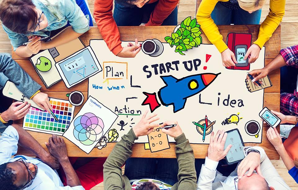 Giovani, nel 2021 un milione di euro per i loro progetti: startup, cultura, web, radio